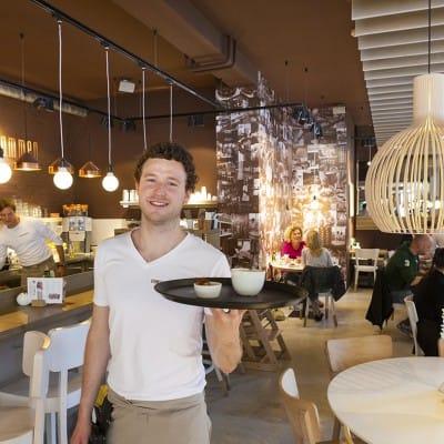 interior of the Vlaamsch Broodhuys bakery at Frederik Hendriklaa